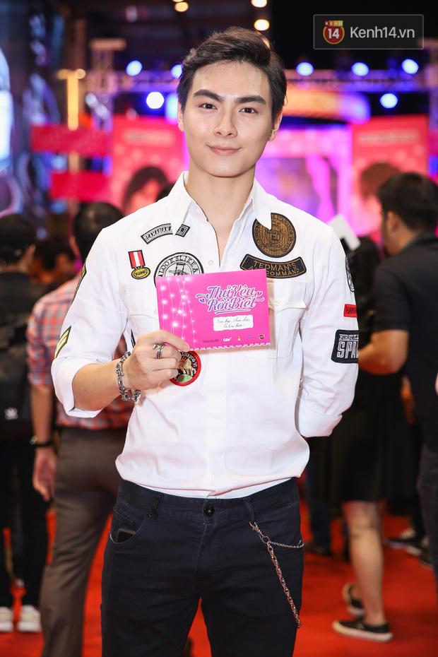 Lan Khuê, Team Sang diện lộng lẫy đến ủng hộ Trương Mỹ Nhân ra mắt phim điện ảnh thứ hai đóng vai chính - Ảnh 19.