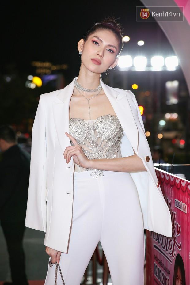 Lan Khuê, Team Sang diện lộng lẫy đến ủng hộ Trương Mỹ Nhân ra mắt phim điện ảnh thứ hai đóng vai chính - Ảnh 5.
