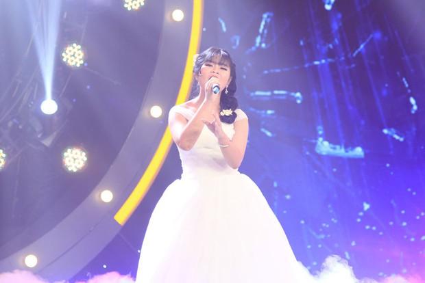 Sing My Song: Cô bé 16 tuổi này từng bị HLV Hồ Hoài Anh loại tại Giọng hát Việt nhí! - Ảnh 11.