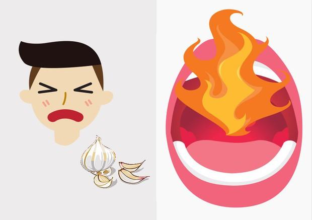 Tỏi tốt cho sức khỏe nhưng nhai tỏi sống nhiều sẽ gây bỏng cổ họng như thế nào? - Ảnh 2.