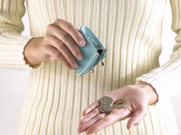 Về làm dâu 5 ngày mẹ chồng đã yêu cầu nộp 8 triệu/tháng tiền ăn và biếu bố mẹ, dù bà vẫn có nguồn thu cho thuê nhà cả chục triệu đồng - Ảnh 2.