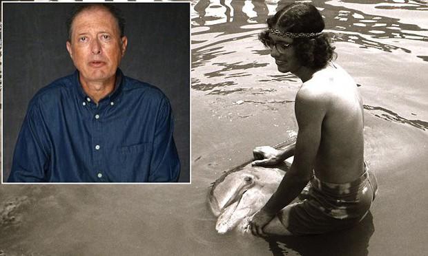 """Người đàn ông từng hẹn hò với... cá heo lên tiếng chê thủy quái """"The Shape of Water"""" kém quyến rũ - Ảnh 1."""