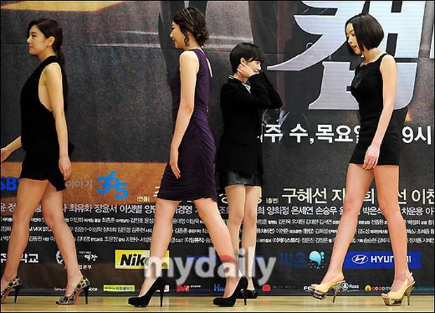 Tuyển tập khoảnh khắc diễn viên Hàn bị bạn diễn tàn nhẫn sỉ nhục chiều cao - Ảnh 10.