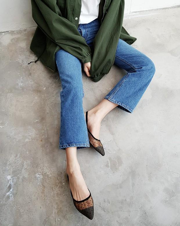 Sắm gì thì sắm, tủ đồ của bạn nên có đủ 4 kiểu quần jeans này để không bao giờ phải lo không có gì để mặc - Ảnh 6.