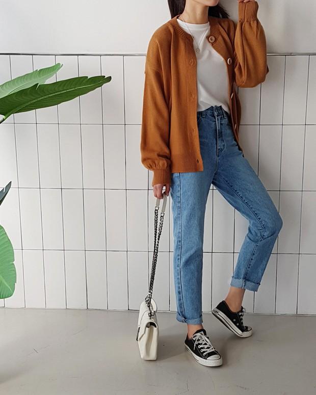 Sắm gì thì sắm, tủ đồ của bạn nên có đủ 4 kiểu quần jeans này để không bao giờ phải lo không có gì để mặc - Ảnh 10.