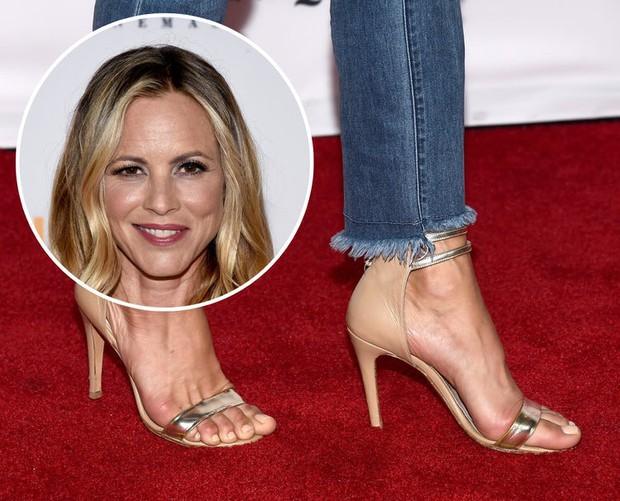 Đừng để đôi chân nhăn nheo như dàn sao Hollywood chỉ vì mắc phải thói quen xấu này - Ảnh 2.