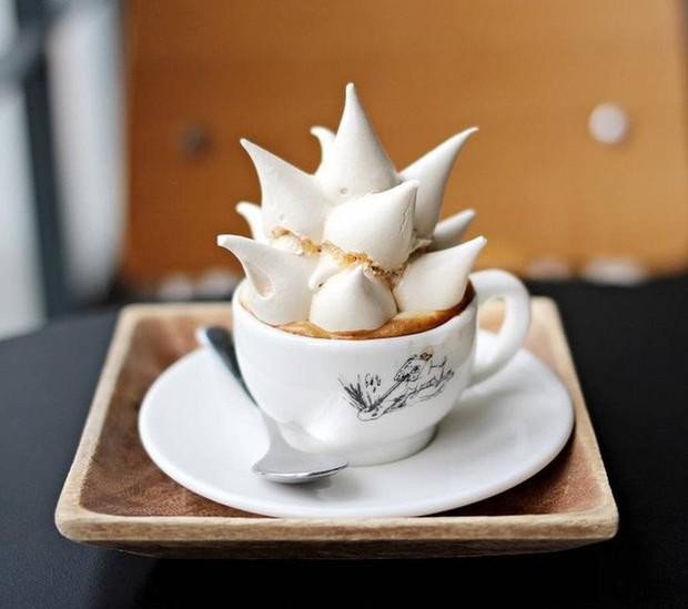 Vòng quanh thế giới đi tìm những món cafe độc đáo nhất: Cafe pha với than hồng, pho mát - Ảnh 15.