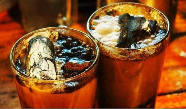 Vòng quanh thế giới đi tìm những món cafe độc đáo nhất: Cafe pha với than hồng, pho mát - Ảnh 8.