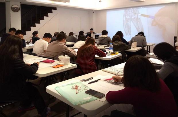 Thầy giáo nhà người ta: Vừa điển trai lại vẽ hình minh họa cực đẹp khiến học sinh mê mẩn - Ảnh 5.