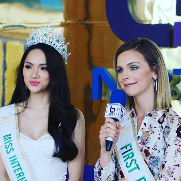 Ảnh đời thường cuốn hút của Á hậu 1 Hoa hậu Chuyển giới Quốc tế 2018 3 lần diện lại 1 chiếc váy dạ hội - Ảnh 2.