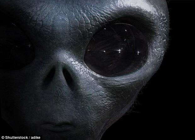 Stephen Hawking có thể đã quá lo xa: Sẽ không có người ngoài hành tinh nào đến Trái đất cả - Ảnh 1.