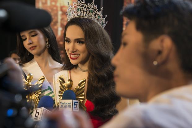 HOT: Hương Giang sẽ lần đầu giao lưu khán giả Việt Nam với cương vị Tân Hoa hậu chuyển giới Quốc tế 2018 tại JAM - Ảnh 4.