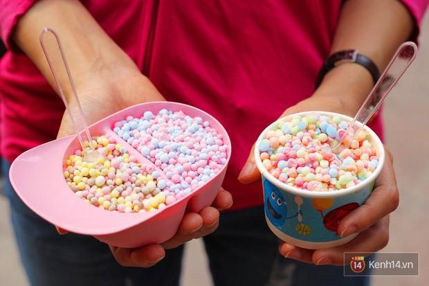Sài Gòn: Những món ngọt mới toanh với màu sắc rực rỡ nhìn là thấy mùa hè! - Ảnh 9.