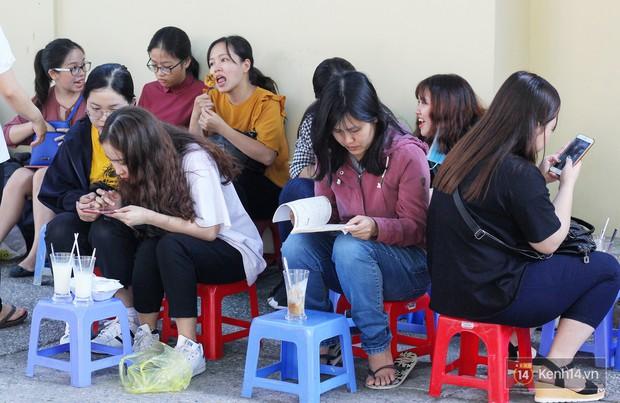 Chốn dừng chân ăn sáng, uống sữa huyền thoại của bao thế hệ người Sài Gòn - Ảnh 9.