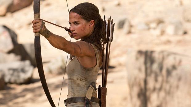 Mỹ nhân Tomb Raider: Biểu tượng sắc đẹp Thụy Điển dù ngực nhỏ vẫn quyến rũ hàng triệu khán giả - Ảnh 16.
