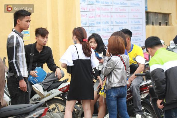 NHM Thanh Hóa vượt hàng chục cây số chờ Bùi Tiến Dũng ra sân - Ảnh 2.