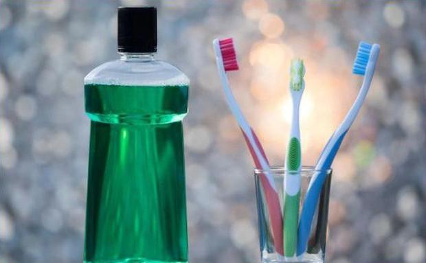 Những kiến thức quan trọng về vệ sinh răng miệng 99% chúng ta thường bỏ qua rồi phải chịu hậu quả - Ảnh 2.