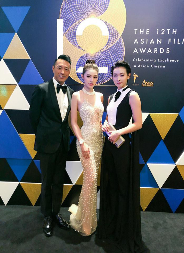 Jolie Nguyễn hào hứng chụp ảnh cùng Cổ Thiên Lạc, Hyomin (T-Ara) tại sự kiện ở Macao - Ảnh 5.