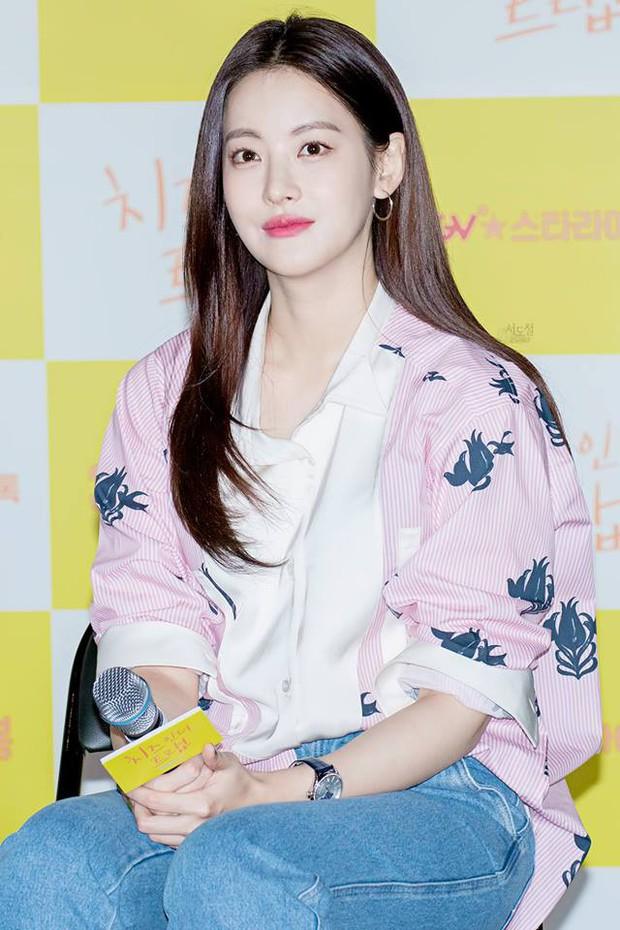 Vừa trẻ trung lại hay ho, hèn gì giới trẻ Hàn cứ mê tít phong cách của 5 sao nữ này - Ảnh 7.