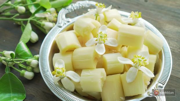 Mùa hoa bưởi phủ trắng phố phường, nhưng được mấy người biết đến các món ăn với hoa bưởi này? - Ảnh 10.