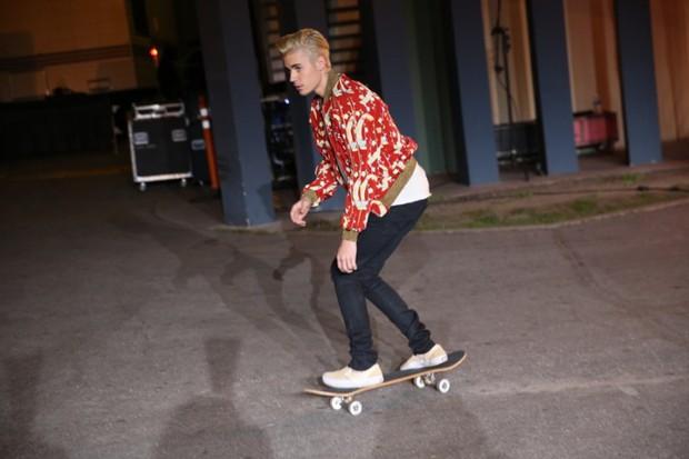 Justin Bieber đã lớn thật rồi, và đây là 8 outfit chất lượng nhất từ Instagram của anh chàng - Ảnh 7.