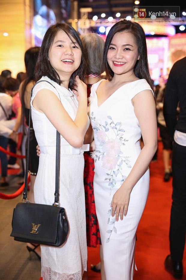 Lan Khuê, Team Sang diện lộng lẫy đến ủng hộ Trương Mỹ Nhân ra mắt phim điện ảnh thứ hai đóng vai chính - Ảnh 14.