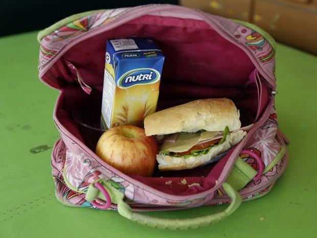 Học sinh trên thế giới ăn món gì vào bữa trưa? - Ảnh 9.
