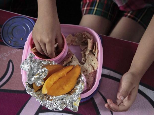 Học sinh trên thế giới ăn món gì vào bữa trưa? - Ảnh 13.