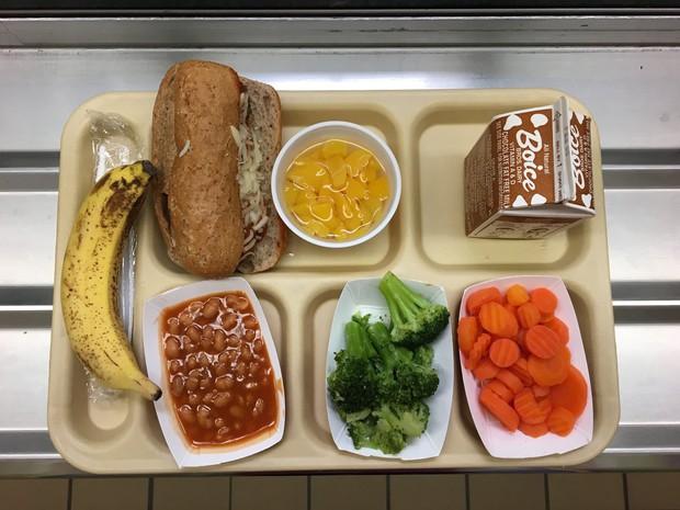 Học sinh trên thế giới ăn món gì vào bữa trưa? - Ảnh 19.