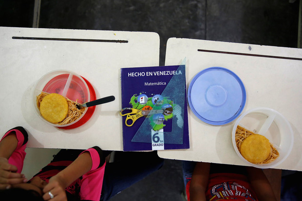 Học sinh trên thế giới ăn món gì vào bữa trưa? - Ảnh 14.