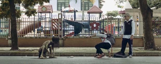 Netizen thích thú với phim mới cực ảo của chàng trai Việt Nam Jack Carry On - Đừng xem khi đang ăn hoặc sắp đi ngủ! - Ảnh 5.
