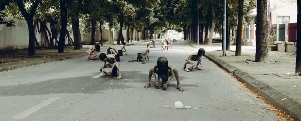 Netizen thích thú với phim mới cực ảo của chàng trai Việt Nam Jack Carry On - Đừng xem khi đang ăn hoặc sắp đi ngủ! - Ảnh 12.