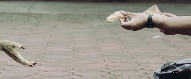 Netizen thích thú với phim mới cực ảo của chàng trai Việt Nam Jack Carry On - Đừng xem khi đang ăn hoặc sắp đi ngủ! - Ảnh 11.