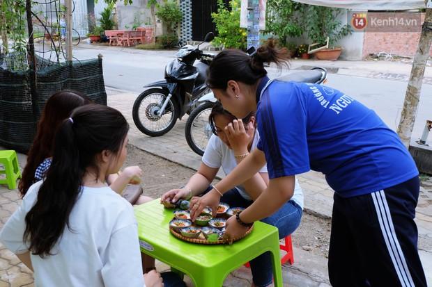Nữ sinh lớp 10 ở Sài Gòn khởi nghiệp với... bánh bèo để trang trải học phí: Thử làm hết sức mới biết mình thích gì! - Ảnh 1.