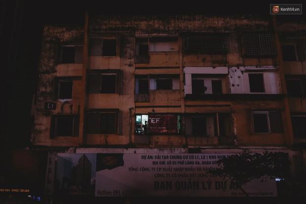 Cuộc sống bên trong căn nhà duy nhất còn sáng đèn ở 93 Láng Hạ - khu tập thể đất vàng một thời giữa lòng Hà Nội - Ảnh 14.