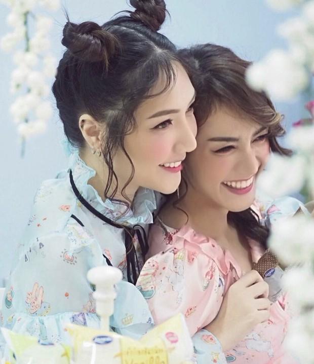 Cặp đồng tính nữ Thái Lan chưa bao giờ hết hot vì đã đẹp là phải đẹp cả đôi - Ảnh 6.