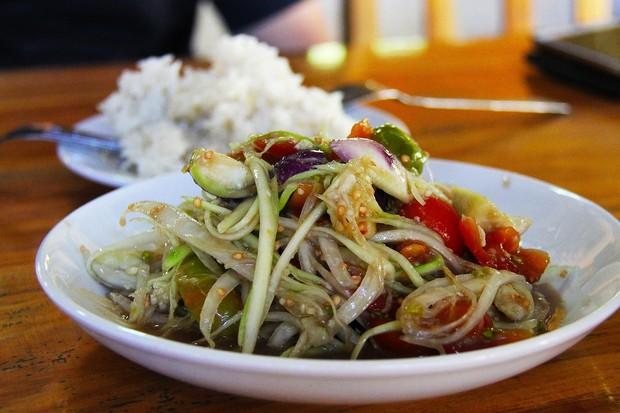 7 món ăn ngon vị của Lào mà nhiều du khách khuyến khích bạn nên thử qua - Ảnh 1.