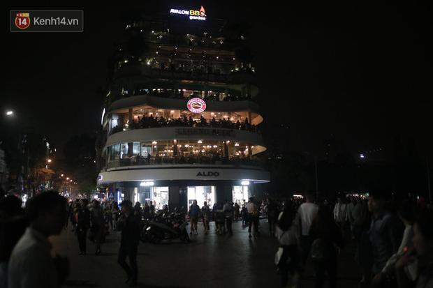 Livestream: Hà Nội - Sài Gòn tắt đèn hưởng ứng Giờ Trái đất - Ảnh 6.
