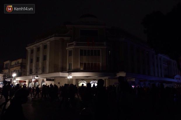 Livestream: Hà Nội - Sài Gòn tắt đèn hưởng ứng Giờ Trái đất - Ảnh 8.