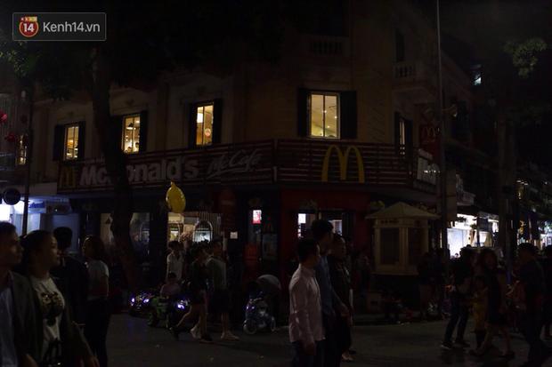 Livestream: Hà Nội - Sài Gòn tắt đèn hưởng ứng Giờ Trái đất - Ảnh 7.