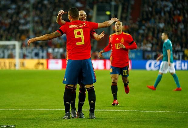 Đức 1-1 Tây Ban Nha: Show diễn của hai nhà vô địch thế giới - Ảnh 5.