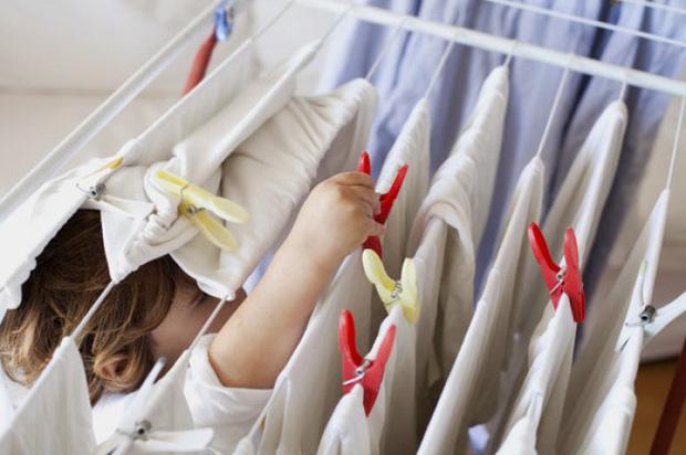 Phơi quần áo mà mắc phải 5 sai lầm này thì chỉ rước thêm vi khuẩn vào người - Ảnh 5.
