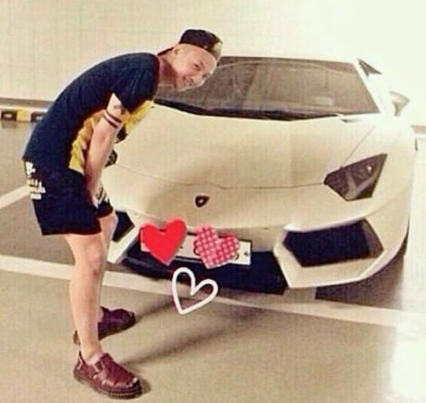 Danh sách sao nam xứ Hàn sở hữu siêu xe cực hiếm tiền tỷ, và chiếc đắt nhất không phải thuộc về G-Dragon - Ảnh 3.