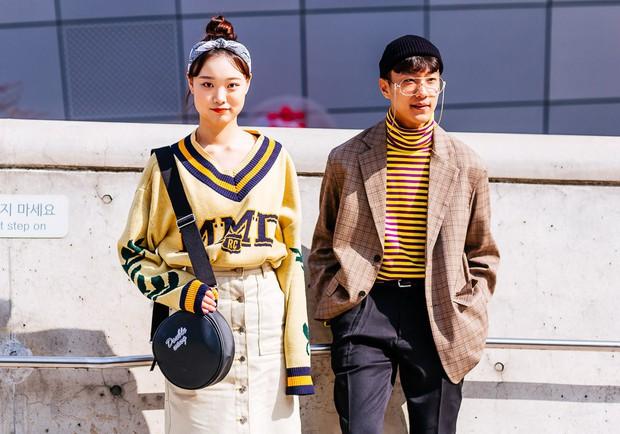 Giới trẻ Hàn Quốc luôn mặc đẹp nhưng chỉ tại Seoul Fashion Week, người ta mới có thể bắt gặp nhiều anh tài street style hội tụ đến thế - Ảnh 14.