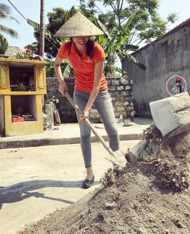 Bận sống ảo, sao Việt liên tục để những kẻ phá bĩnh đáng yêu lọt khung hình - Ảnh 8.