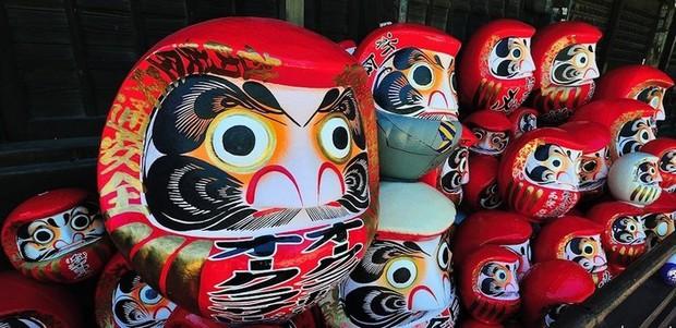 Trông rùng rợn là thế nhưng ít ai ngờ loại búp bê này được coi là báu vật, thần may mắn của người Nhật Bản - Ảnh 4.