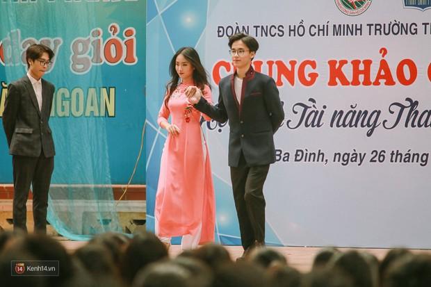 Cuộc thi Học sinh thanh lịch của Phan Đình Phùng tìm được cặp Đại sứ mới, hot boy cầm cờ chiếm spotlight - Ảnh 2.