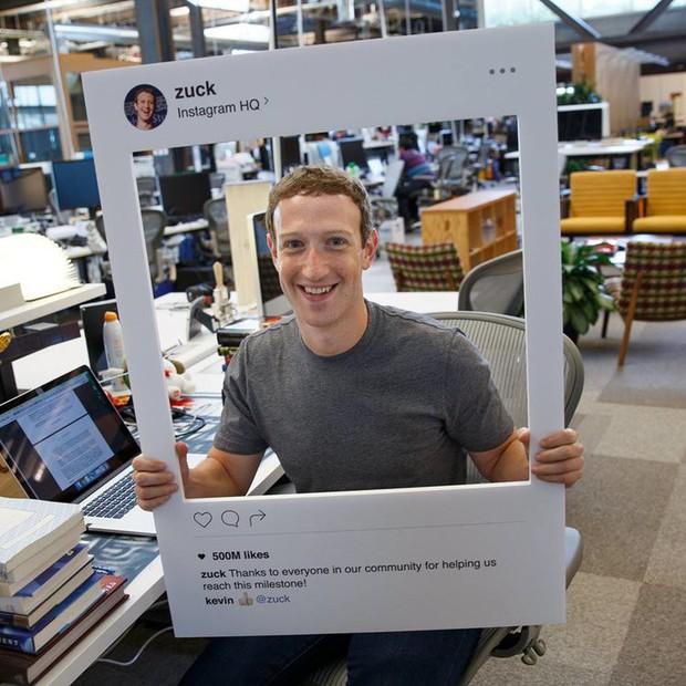 Mark Zuckerberg bịt kín cả camera và micro của laptop từ 2 năm trước vì sợ lộ dữ liệu - Ảnh 1.