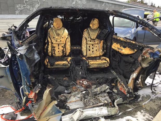 Xe điện Tesla lại gặp tai nạn khiến tài xế tử vong, lần này là Tesla Model X - Ảnh 3.