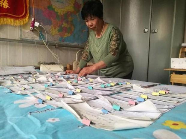 Làm bà mối online, người phụ nữ 58 tuổi trở thành hiện tượng live-stream ở Trung Quốc, thu nhập 1 triệu/ngày - Ảnh 3.